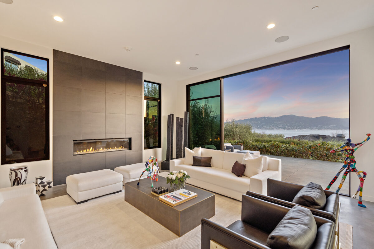 Stunning Newer Construction Masterpiece in Tiburon w/Bay Views!
